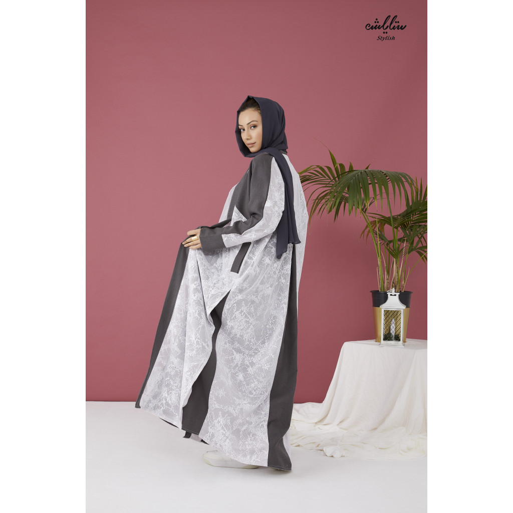 Linen Abaya wrap model in white and gray