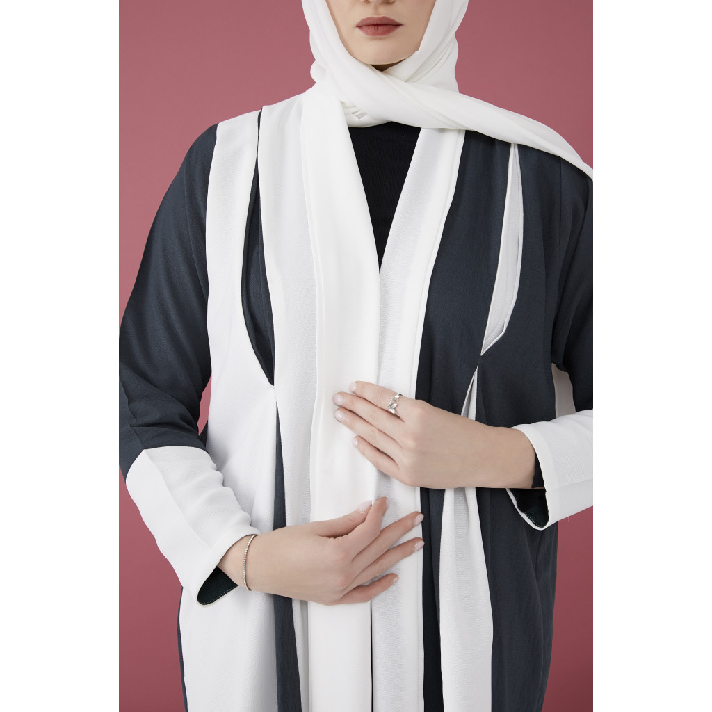 Linen UAE abaya in color and white