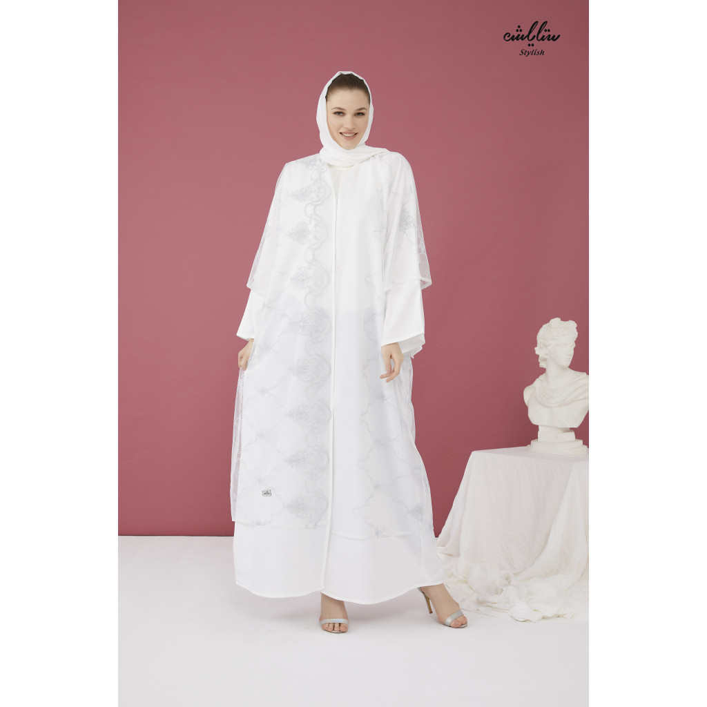 Abaya with an elegant wrap model in white
