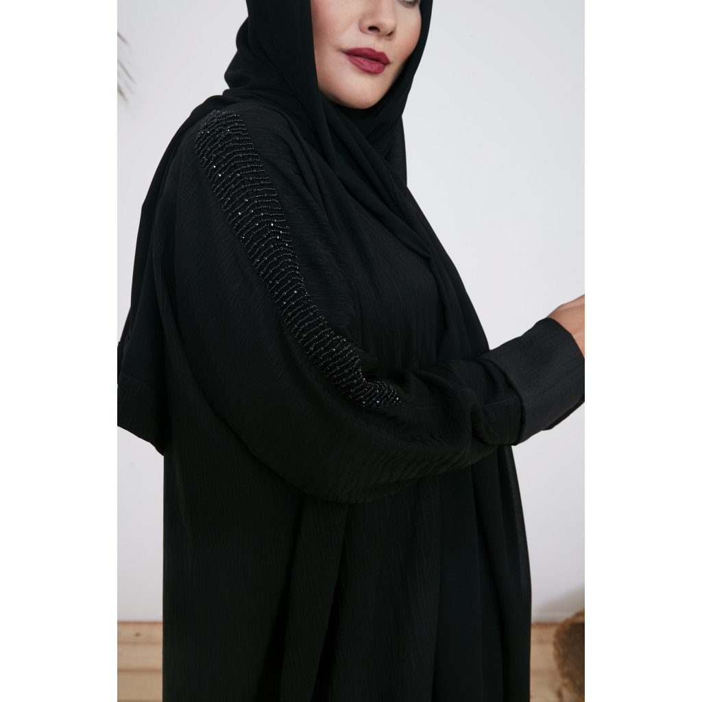 Classic black abaya with embroidery on the sleeves