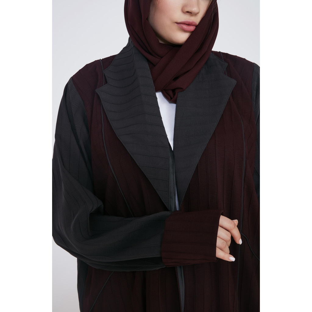 Abaya in burgundy and gray with a jacket design