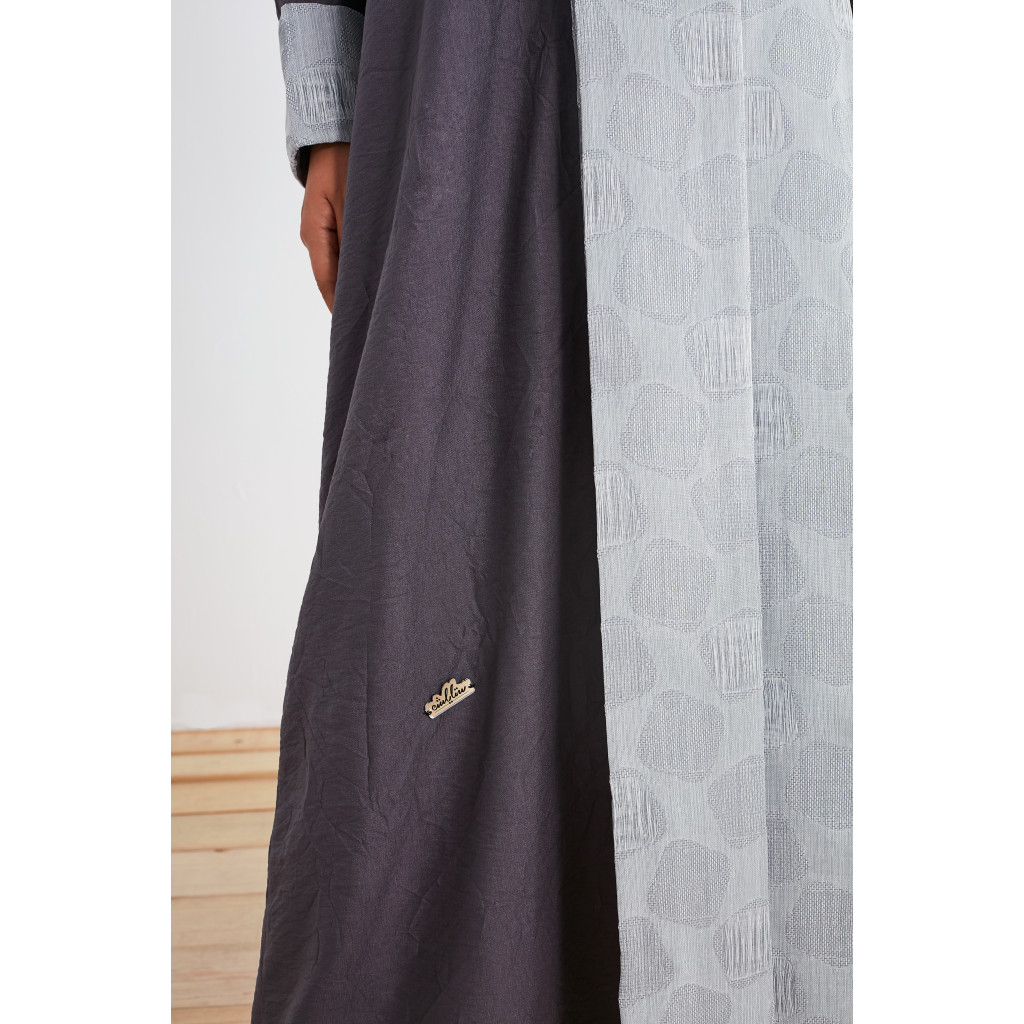 French Shawl Abaya in gray