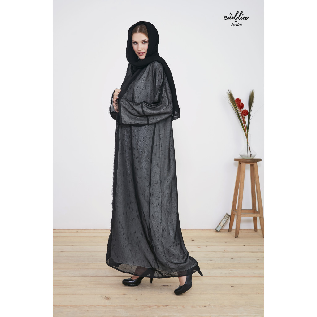 Wide wrap abaya in two colors black and off white