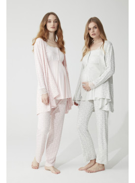 Three-piece maternity set in a comfortable soft pink material