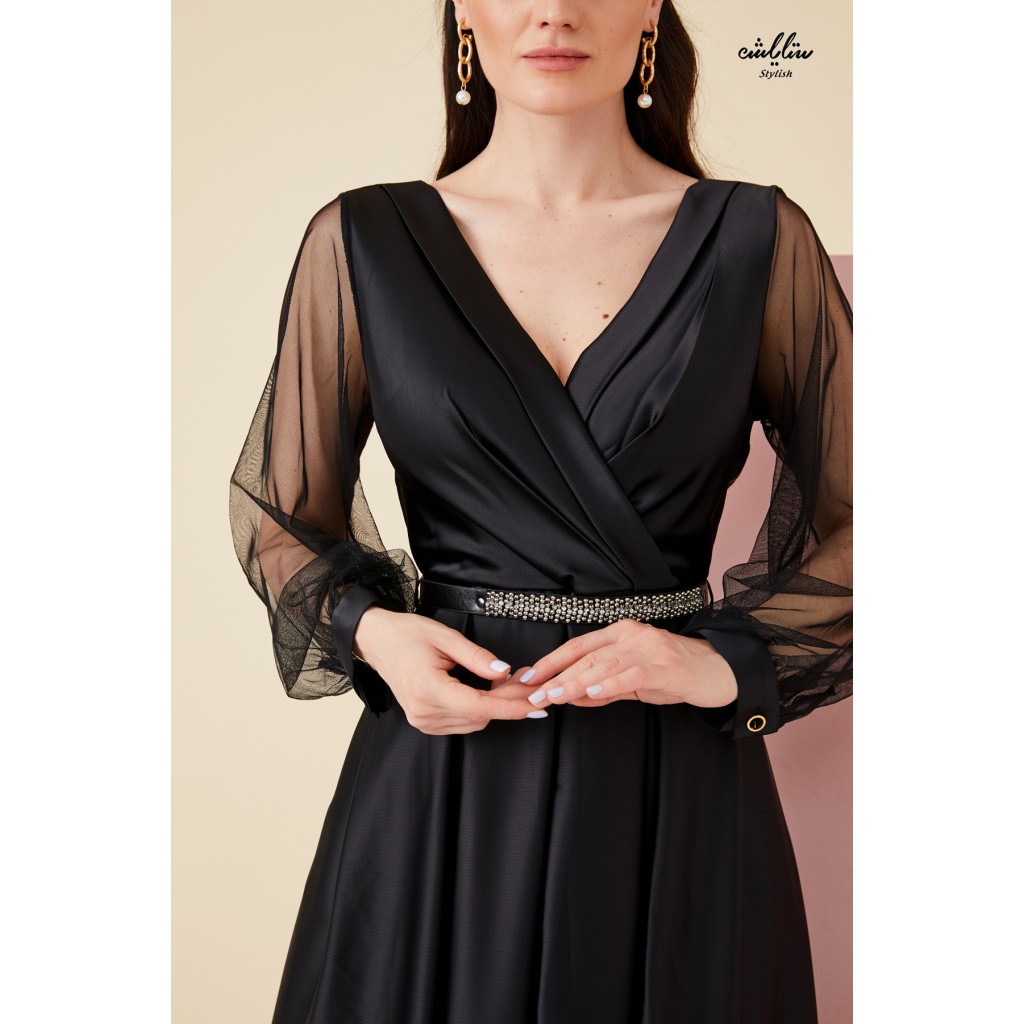 V Neck, Maxi black  Dress with tulle long sleeves