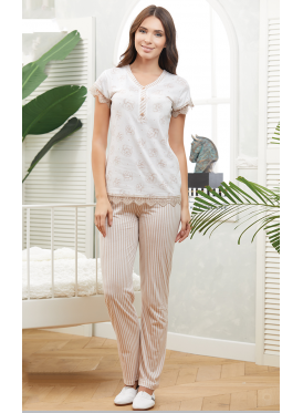Elegant cream and brown pajama decorated with lace