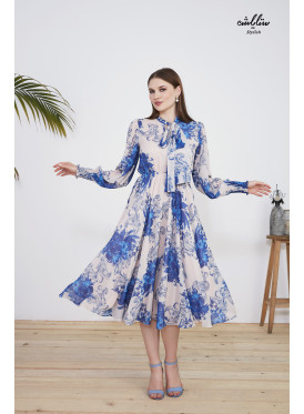High tie Neck Midi Floral Dress of luxurious fabric