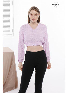 Long sleeves top and tie back on the waist