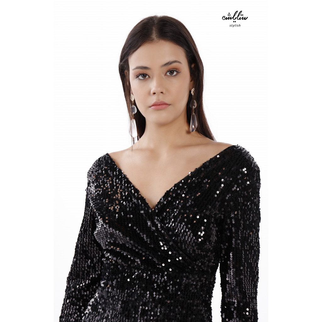 V Neck  Midi Black  Dress  Embellished With Soft Sequins With  A Narrow Middle And Wide Pleats At The Bottom