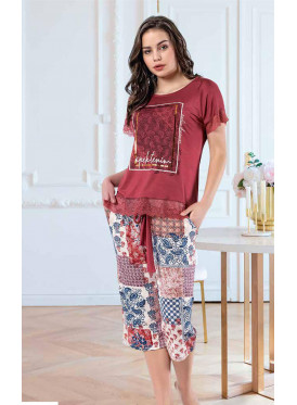 Pajamas decorated with graphics and lace hem