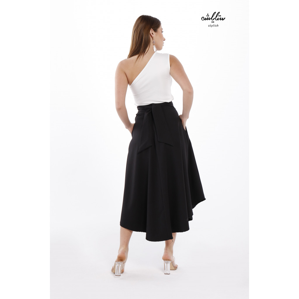 Dual Pocket Piping Trim Belted Black Skirt With One Shoulder Top For Cute and Casual look