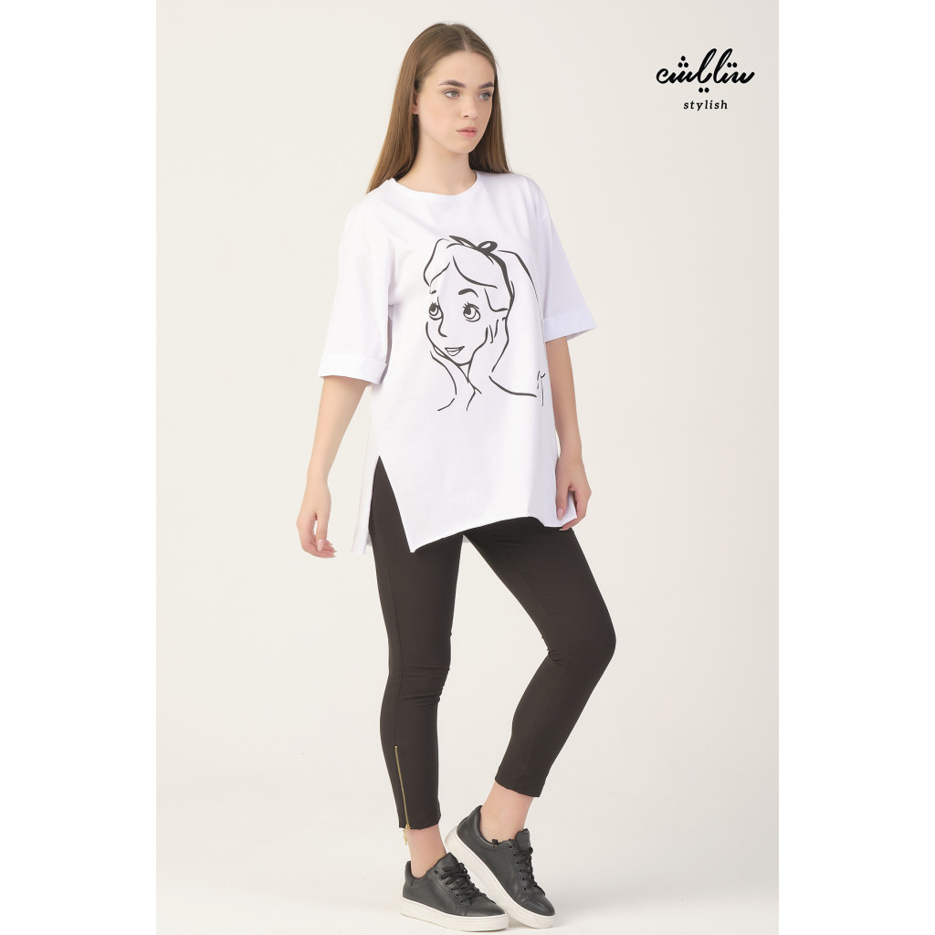 White T-shirt with a girl print