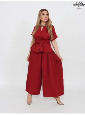 Elegant burgundy set of pleated pants and crystals on the neck