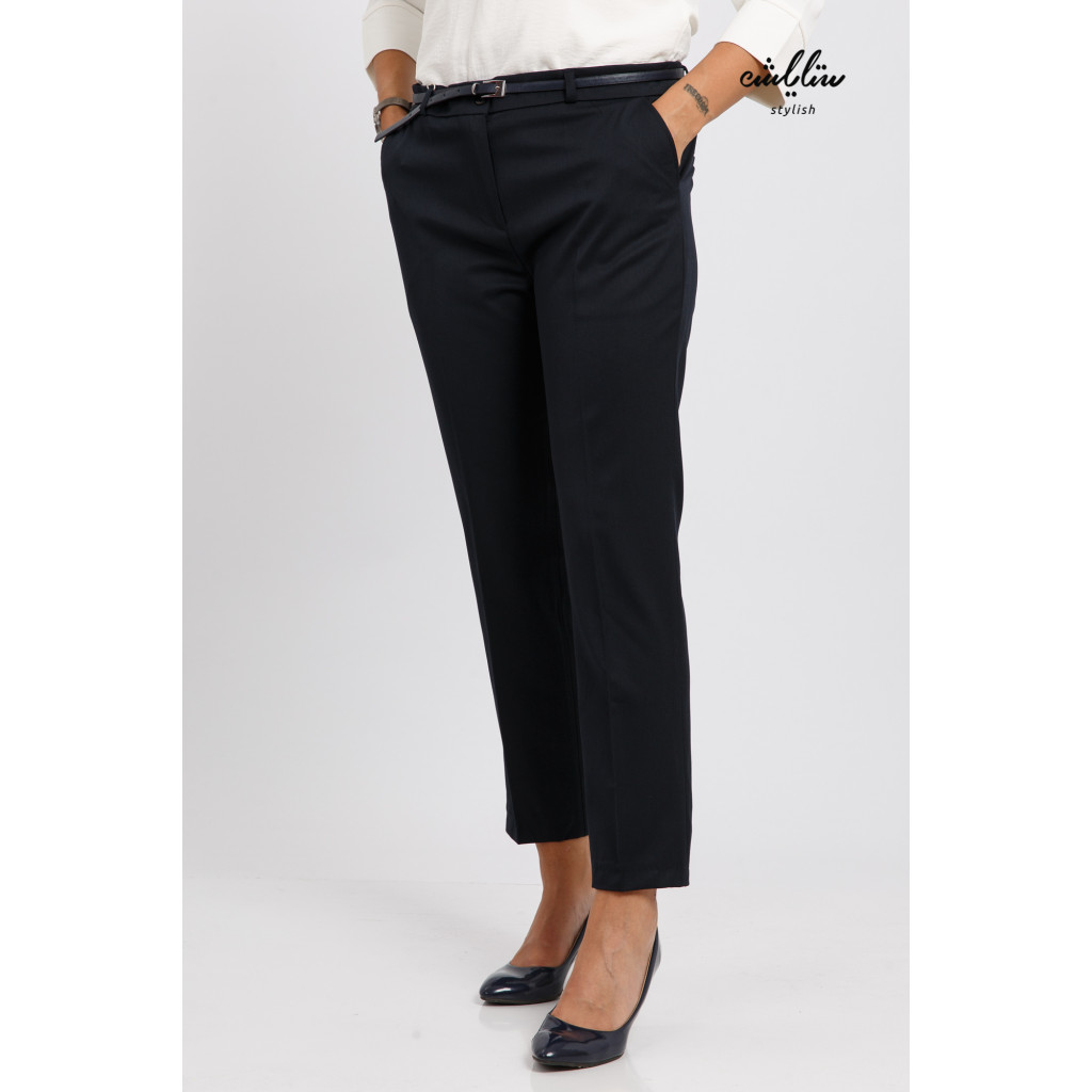 Elegant blue sky trousers with a trendy design with a belt to give an attractive look