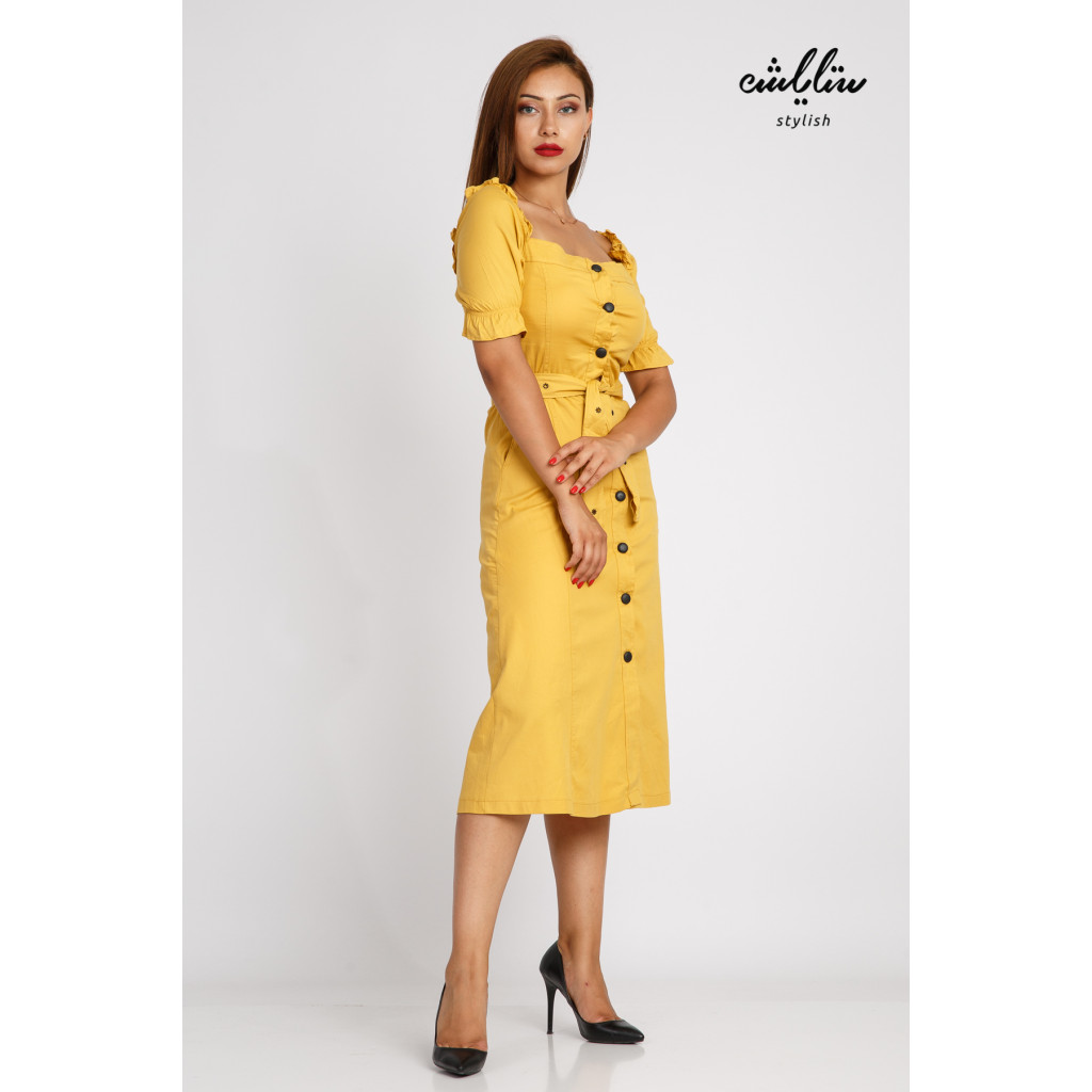 A soft midi mango dress with a distinctive sleeve line decorated with a stylish belt