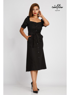 Soft midi black dress with distinctive sleeves with a stylish belt