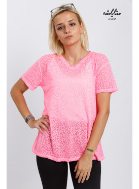 Elegant pink blouse decorated with soft pattern