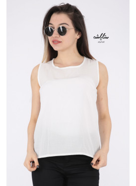 White top with soft design