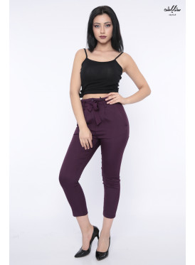 Formal pants in dark lilac with elegant waist strap, very stylish