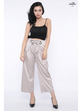 Hi West pant with silk touch and elegant belt at waist crisp feminine soft