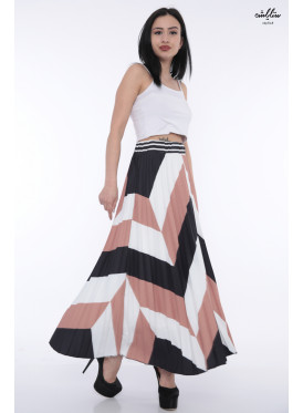 Elegant Pilsey skirt in harmonious colors and crumb with attractive modern look