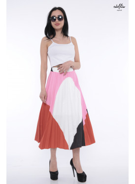 Elegant midi skirt with harmonious colors and crumb with attractive modern look