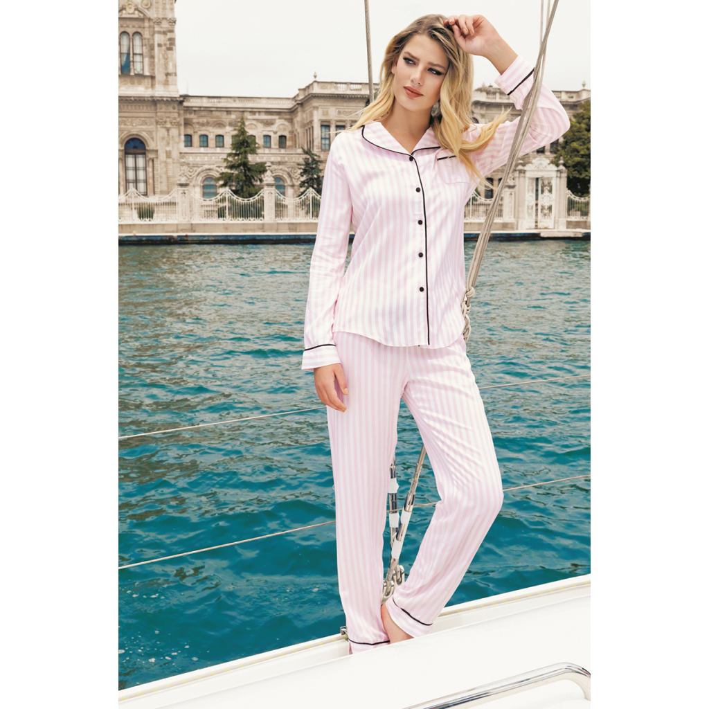 Pajama is all soft in pink with a striped design with soft and refined material