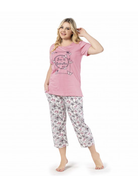 cute and softness in these pink pajamas decorated with butterflies