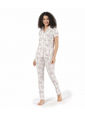 Soft in pink with thin prints for a comfortable feel and elegant view