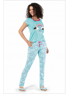 Cute with cyan pajamas and thin-print trousers for a comfortable feel and refreshing view