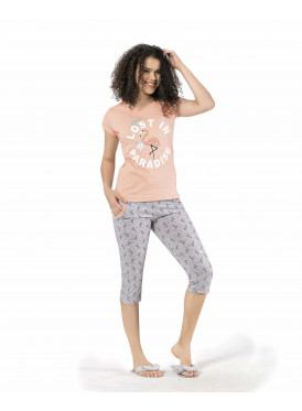 Soft-colored pajama and midi pants with thin prints for a comfortable feel and great view