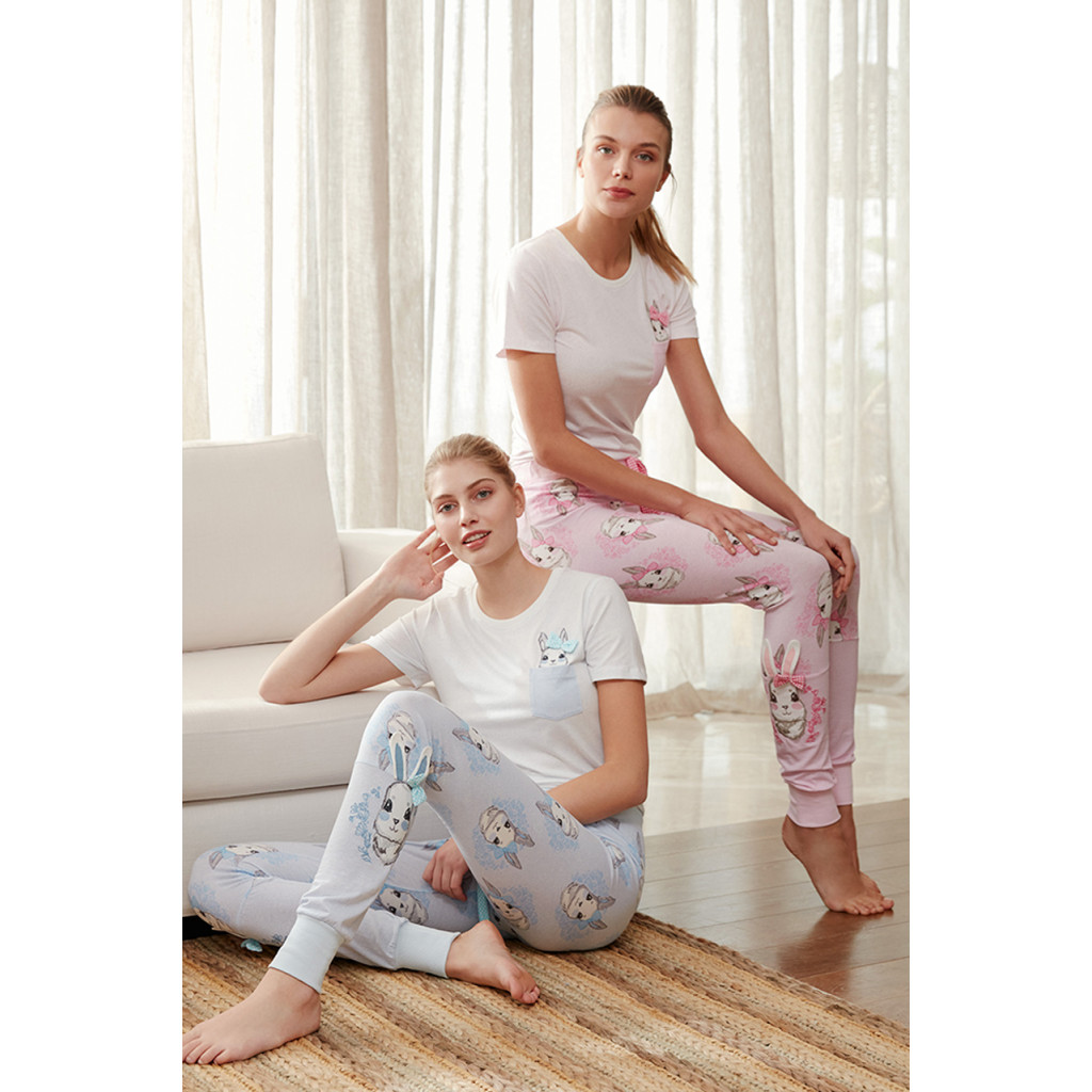 Pajama is all soft in white and blue with cute crisp prints