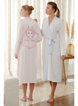 Ladies ' soft home robe in blue, you have long and nice prints, elegant and comfortable