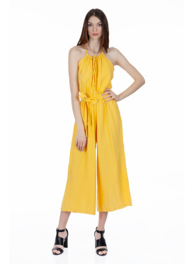 Elegant yellow jumpsuit with an innovative design crisp attractive