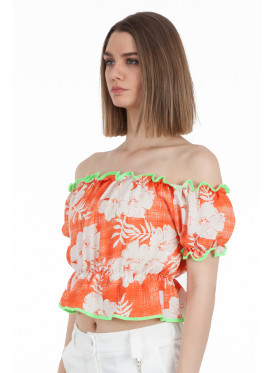 Elegant blouse with a view of the most beautiful views