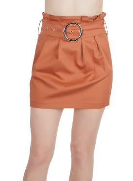 Chic high-west short skirt with pleats and elegant belt