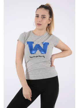 Elegant grey T-shirt decorated with pearl beads and beautiful writings that make your appearance more elegant