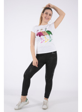 Elegant white T-shirt in flamenco with outstanding details for a beautiful view