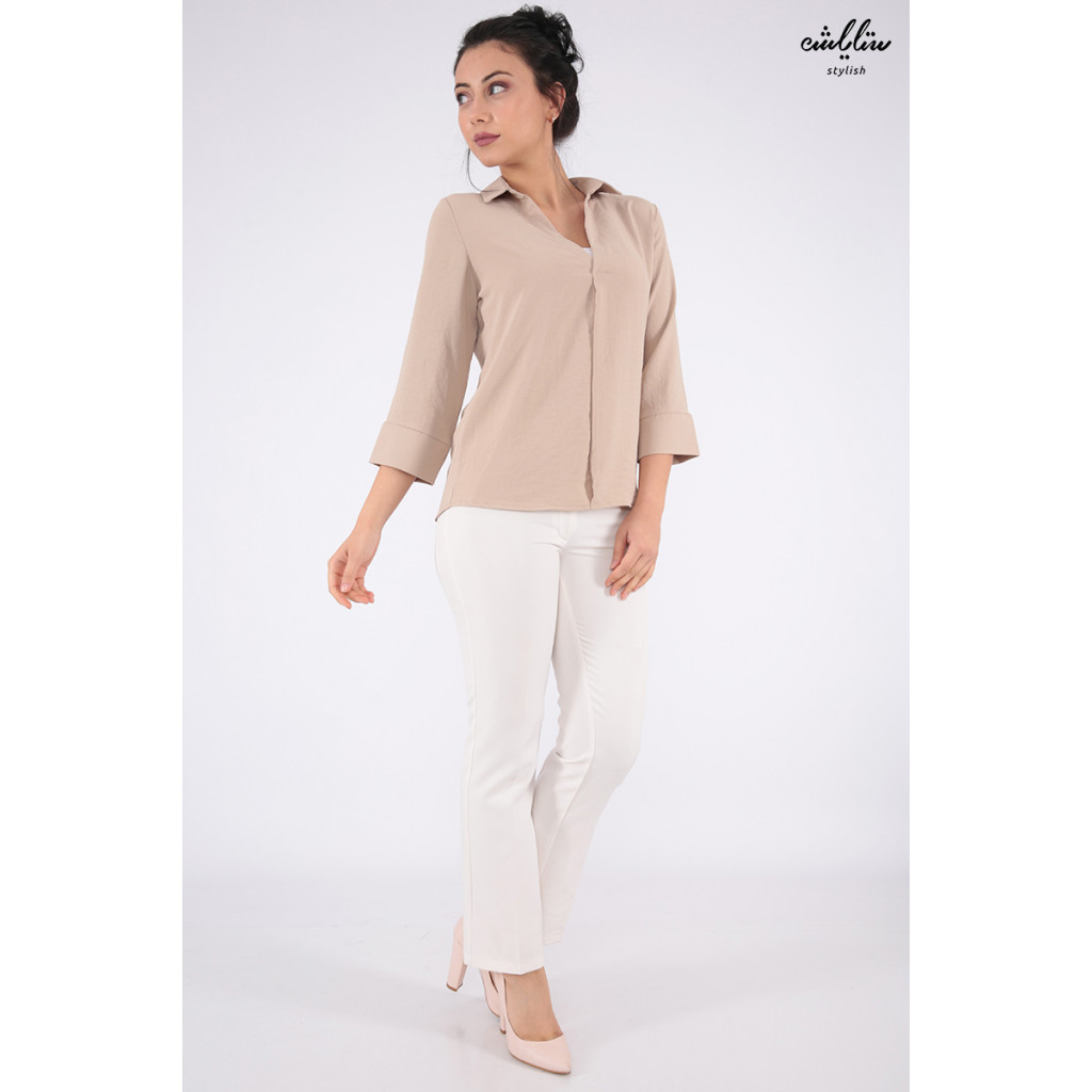 Soft pink beige blouse with wide open front and buttons accessories from the back