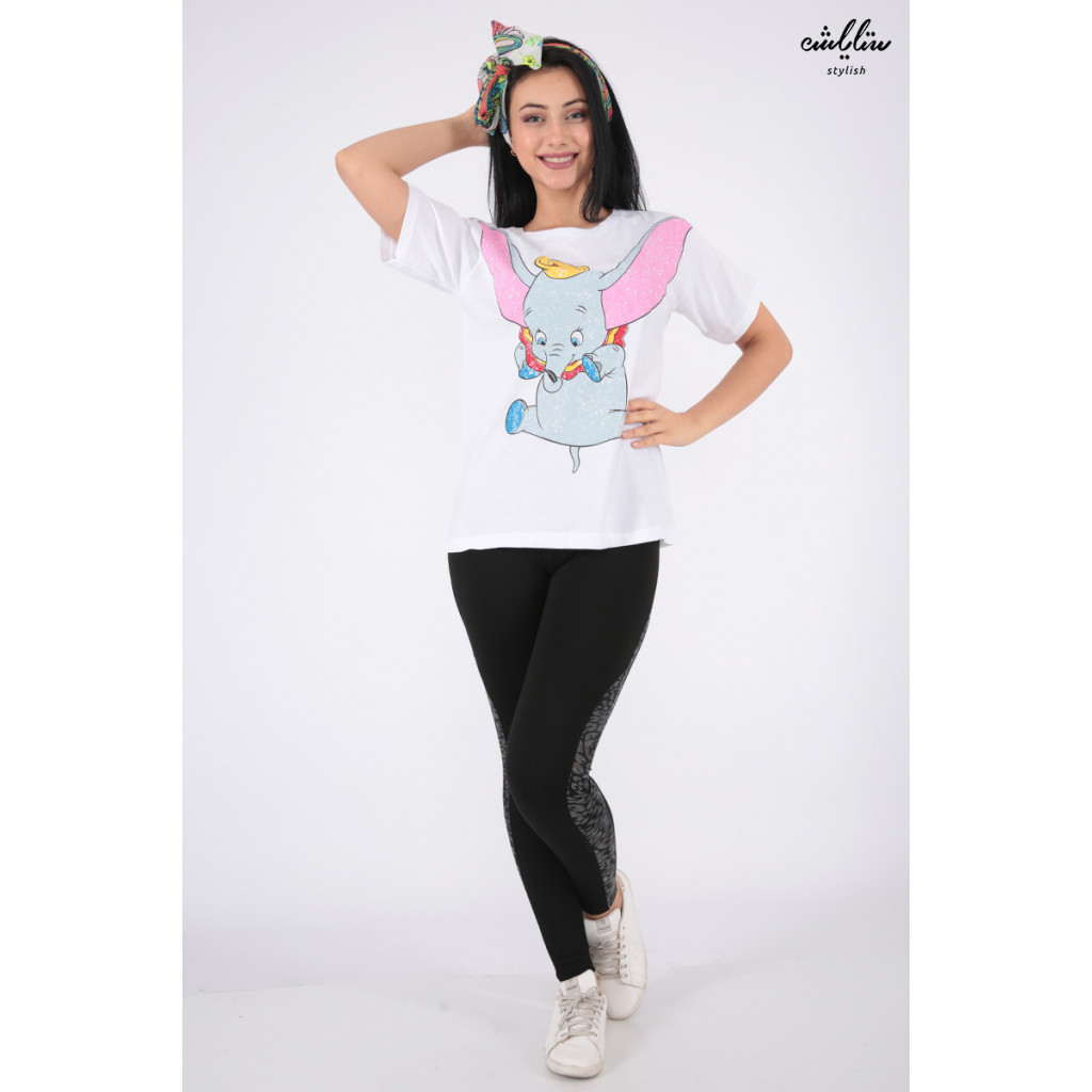 Beautiful white T-shirt in the character of the elephant Dambo