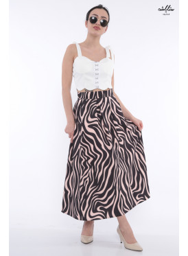 Chic pink wavy skirt in black with soft breaks