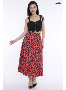 Stylish skirt with soft crumb with leopard skin design in red