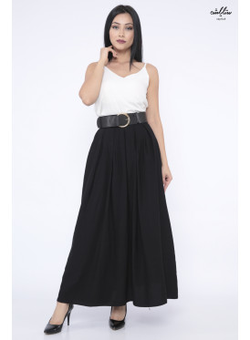 Elegant black skirt decorated with a stylish strap that gives an attractive look