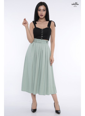 Elegant high-color skirt decorated with a belt and soft crumb