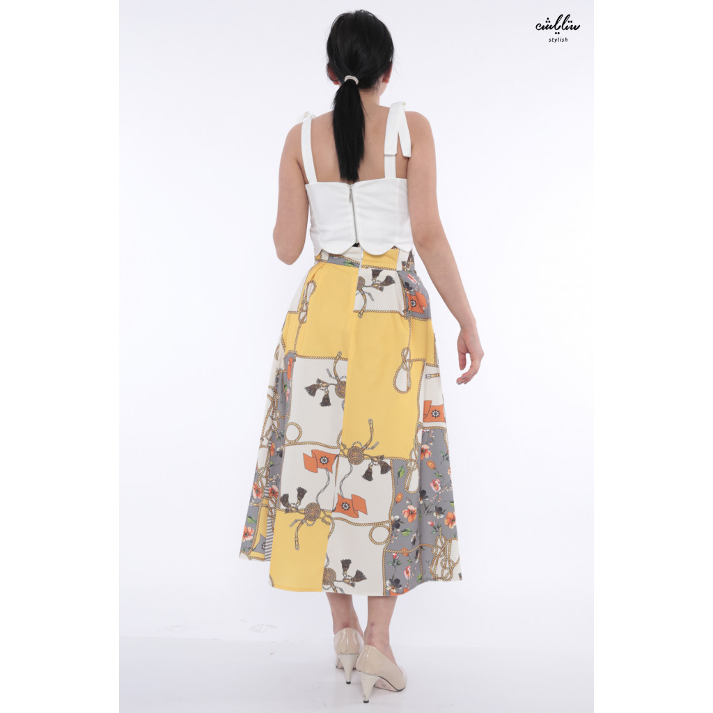 Stylish high-West midi skirt with a blend of contemporary crisp-toned colors