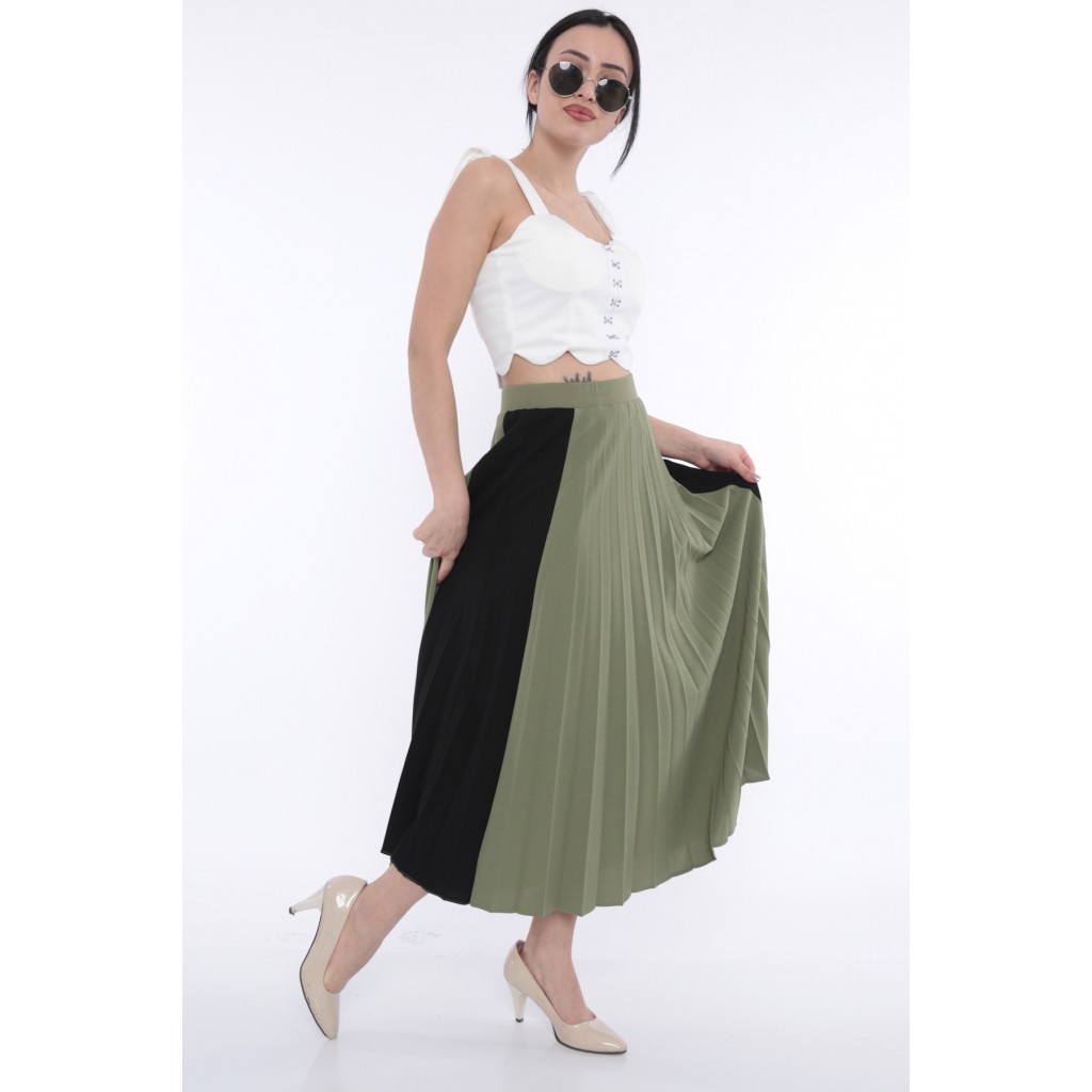 (Elegant beige midi skirt with green and black with stylish crumb (stretch