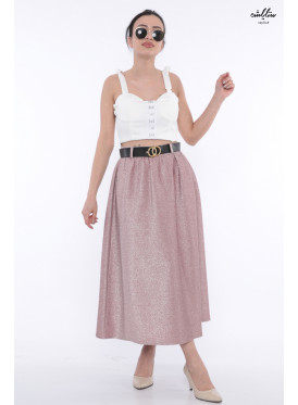 Elegant pink skirt with soft shine gives an attractive look