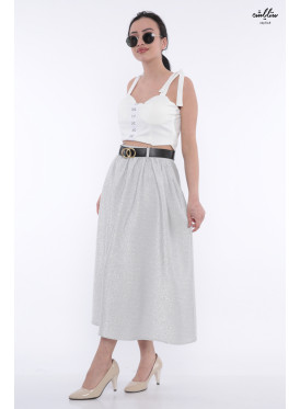 Elegant silver skirt with soft shine gives an attractive look