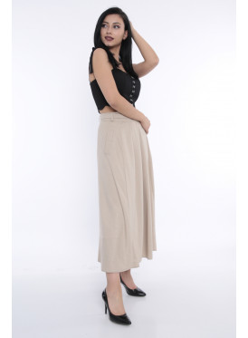 Grey wrap skirt with elegant waist design adds a refined touch