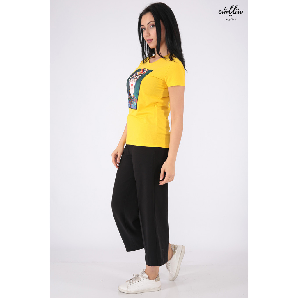 Elegant yellow T-shirts decorated with pearls, sequins and highlights